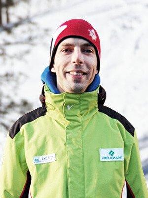 Виталий Белей – инструктор лыжной школы «Каштан»